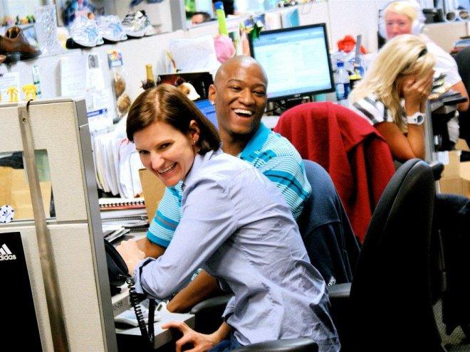 zappos happy employees